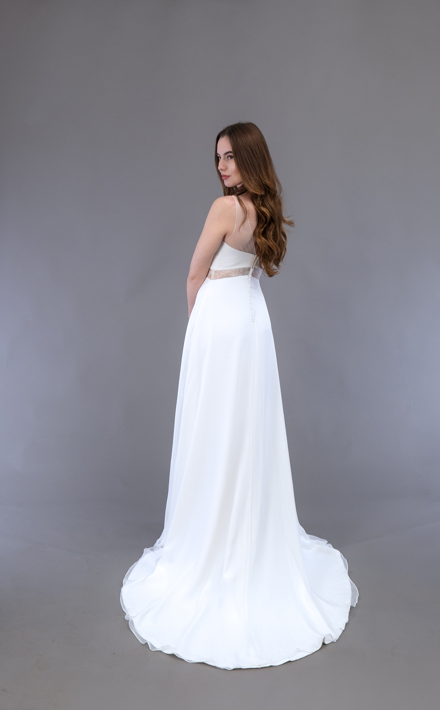 Robe de mariée à Marseille par Belle en soie Couture   robe Muguet