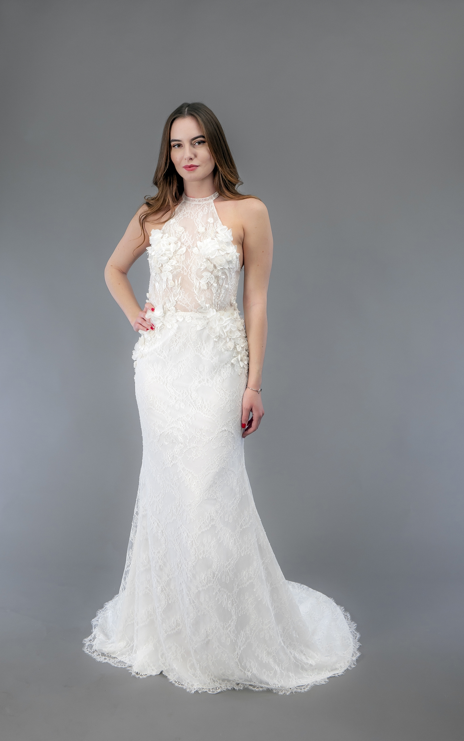 Robe de mariée à Marseille par Belle en soie Couture   robe Victoria