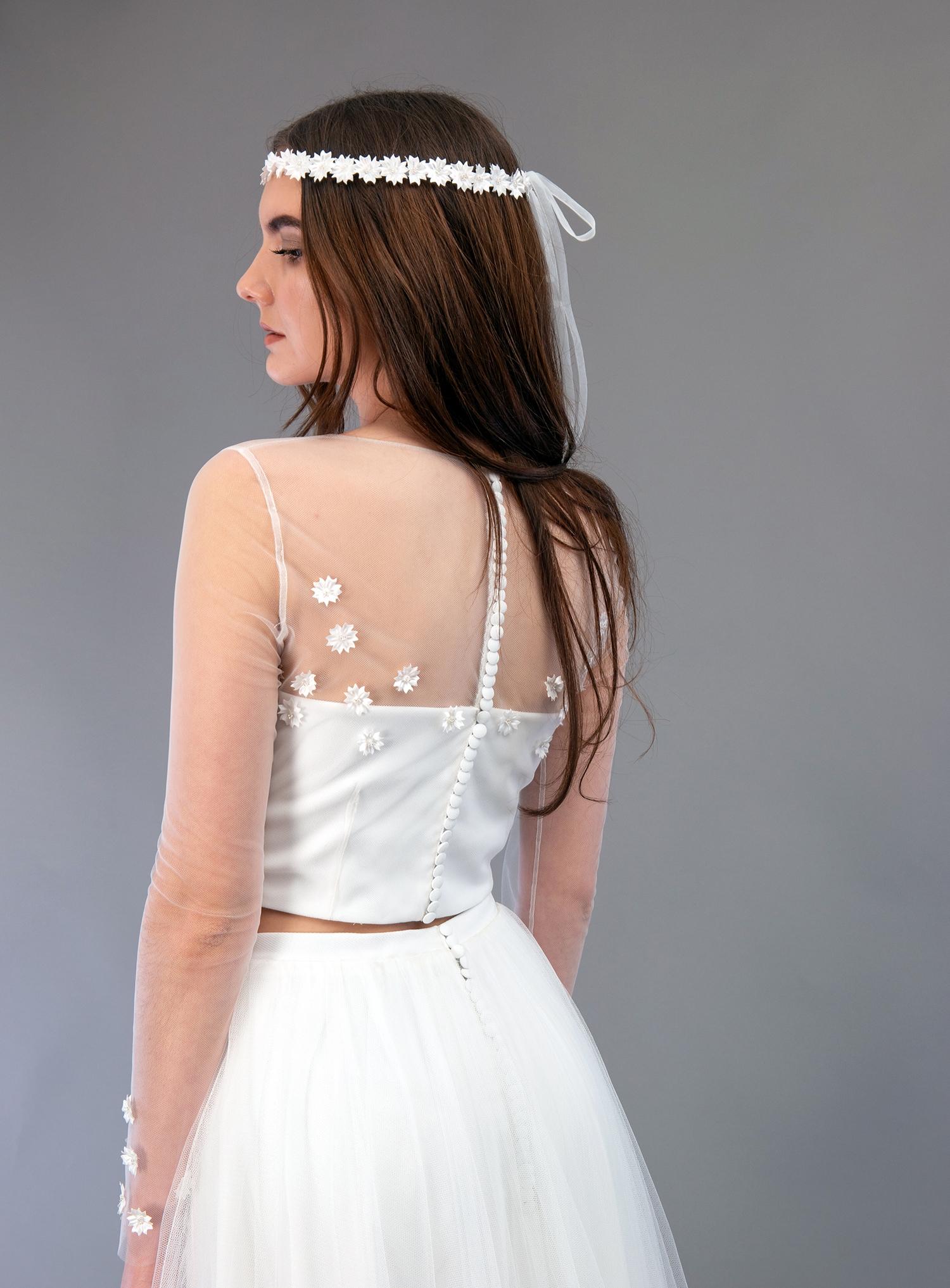Robe de mariée à Marseille par Belle en soie Couture   robe Dahlia