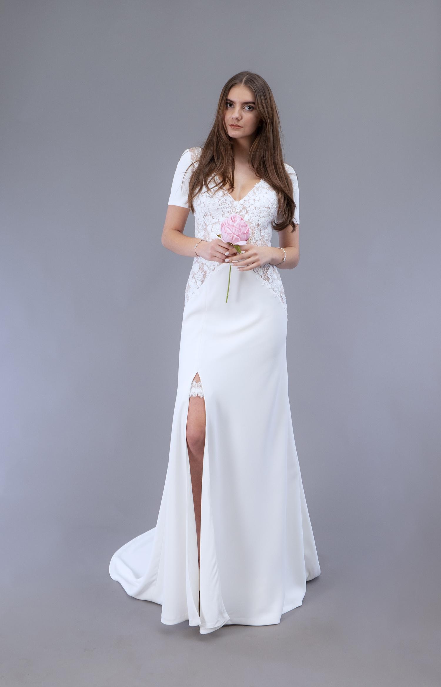 Robe de mariée à Marseille par Belle en soie Couture   robe Lilas